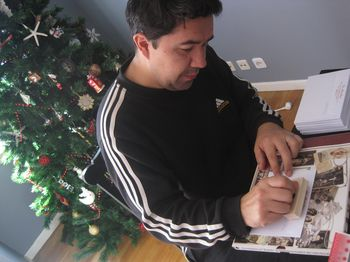 Luis miguel stamping